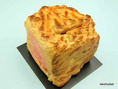 食品サンプル肉の塊貯金箱